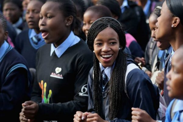 25-south-african-school-girl-scholarship.w710.h473.2x-800x420