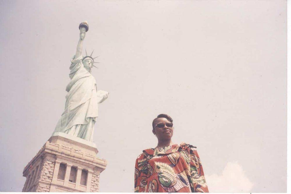 Ellis Island, 1998: Cesnabmihilo Dorothy Aken'Ova after the presentation of the revolutionary Shadow Report.